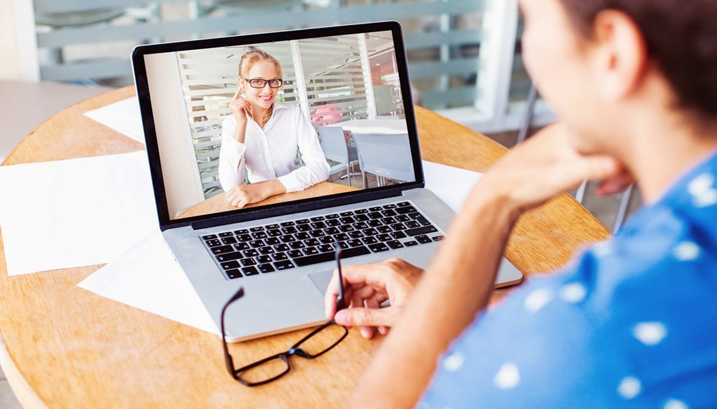 Consulenza Psicologica Video Chat Online Rimini Riccione Cattolica Forlì Cesena | Dott.sa Roberta Calvi Psicologa e Segguologa
